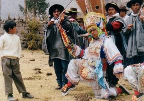 Scissors dancing in Peru mixes Andean spirituality with spectacle. Make sure to ask about seeing it performed during your Peru vacation.