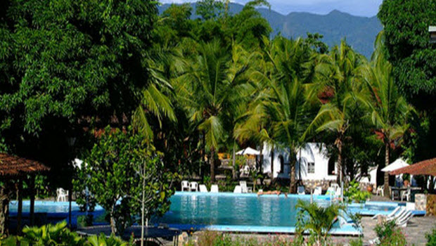 Special Offer: Jungle resort 3-days / 2-nights with airfare included