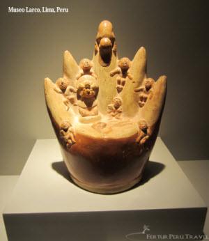 Moche mountain ritual sacrifice - Larco Museum Collection