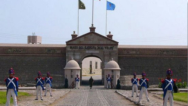 Alternative Lima Tour: Royal Felipe Fortress