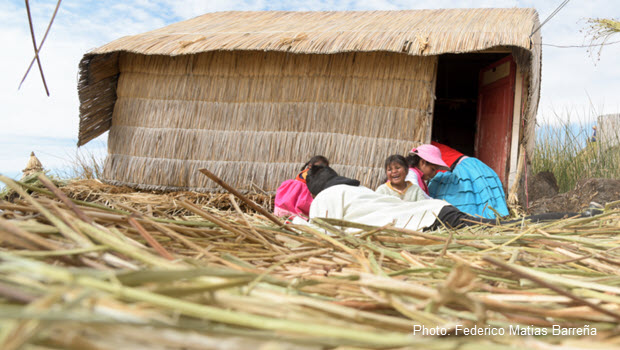 Totora: Uros Islands