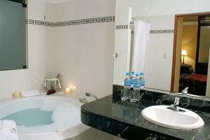 Hatuchay Tower Machu Picchu Hotel Bath