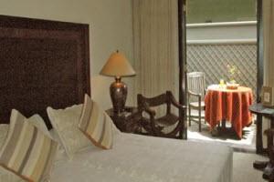 Machu Picchu Sanctuary standard twin bed room