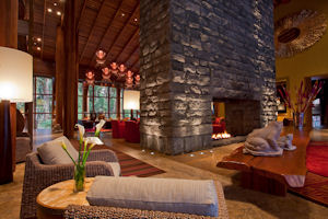 Libertador Tambo del Inca Luxury Collection Hotel & Spa lobby