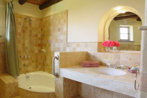 Sol y Luna Lodge bath