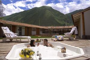 Jacuzzi en el Sonesta Posadas del Inca Yucay en el Valle Sagrado