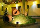 apu huascaran hostal sculpture garden