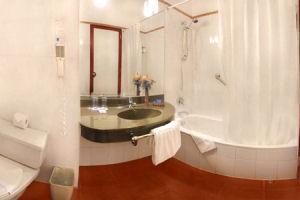 Novotel Cusco Hotel Cuarto de Baño