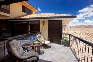 Tierra Viva Hotel Cusco Plaza balcony