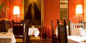 Restaurante para la cena en el Hotel Ariosto