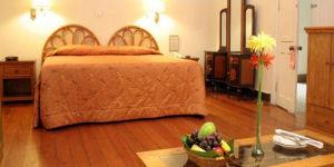 Hotel Ariosto room