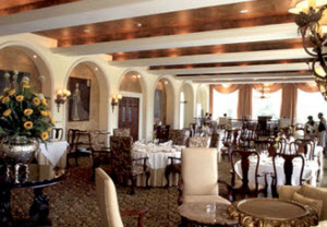 Country Club fine dining at the Perroquet Restaurant