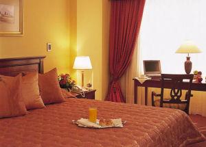 Melia Hotel Lima Jr. Suite