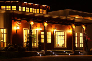 Hotel La Hacienda Bahía Paracas illuminated