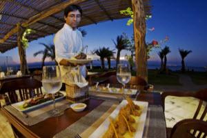 Hotel La Hacienda Bahía Paracas - gourmet Peruvian sea food cuisine