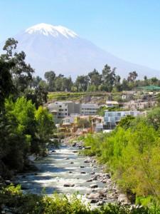 El Volcán Misti, un destino especial de los tours en Arequipa de Fertur