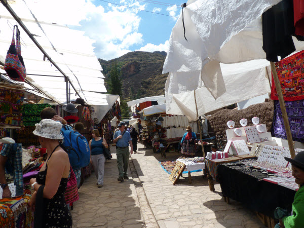 Sacred Valley Private Tour:  best day to visit Pisac market