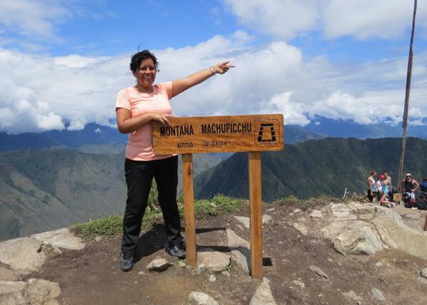 Siduith Ferrer Herrera, gerente de Fertur en una visita reciente a Machu Picchu en Cusco